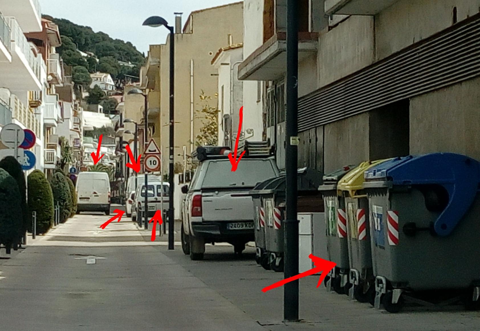 Calle Port Estartit antes Se,ana Santa 2018